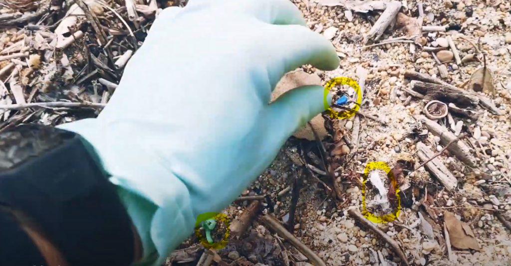 Particules de plastique océan ramasse déchets